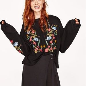 Zara Basic Floral Embroidered Sweatshirt